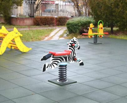 Balansoar pe arc Zebra 1.1