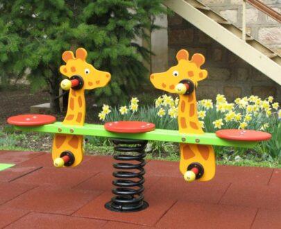 Balansoar pe arc doua locuri Girafe 1.0