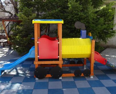 Echipament de joaca cu tobogan Locomotiva 1.0